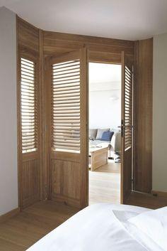 Des portes en bois pour une atmosphère lumineuse