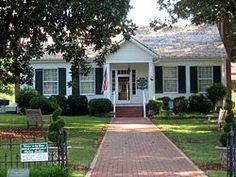 Ivy Green  - Helen Keller's Birthplace on the U.S. National Register of Historic Places | U.S. National Historic Landmark