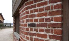 Old Carolina Brick Company: producers of finest handmade brick