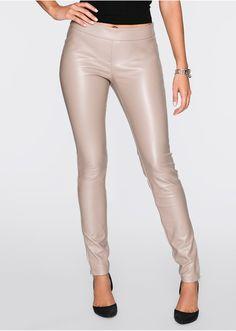 Pantaloni din imitaţie de piele • 109.9 lei • Bon prix
