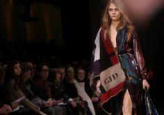 Burberry Prorsum-http://vivierebella.com/london-day-4-burberry-tom-ford-2014/ #burberry #lfw #fashion week #cara #burberry prorsum