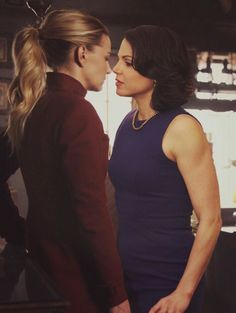 What would happen if I kissed you, if I took you? Would you stand or break my heart? Cute Lesbian Couples, Lesbian Love, Lesbian Art, Ouat, Once Upon A Time, Break My Heart, Regina And Emma, Swan Queen, Nancy Travis
