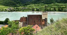 Wandern am St. Michael Rundweg   Wachau Inside Austria, Mansions, House Styles, Outdoor, Road Trip Destinations, Tours, Environment, Hiking, Outdoors
