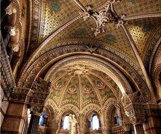 Λυών, Γαλλία Mosque, Gods Love, Barcelona Cathedral, Building, Places, Travel, Beautiful, Viajes, Love Of God