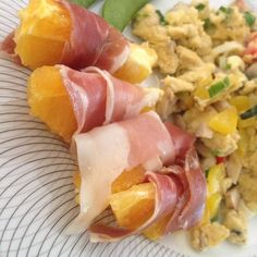 Prosciutto-wrapped ORANGE slices to go with your scramble or omelette? Yes please!