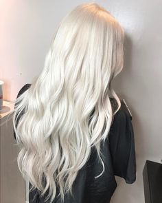 "997 Likes, 90 Comments - Zach Mesquit (@platinum_perfection) on Instagram: ""ZERO TONER. Probably the number one question I am asked is how light does hair need to be to tone…"""