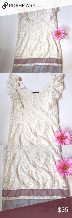 🆕American eagle lace dress American eagle AE dress Lace Midi length Pastel colors at the bottom in two stripes Perfect condition Like new Ruffle like short sleeves XS 🔶🔶🔶🔶🔶🔶🔶🔶🔶🔶🔶🔶🔶🔶🔶❌NO TRADES ❌NO LOWBALL COMMENTS (please remember posh takes a chunk out of people's earnings)  ✅USE OFFER BUTTON ✅ASK QUESTIONS ✅ASK TO MODEL ❤️❤️❤️❤️❤️❤️❤️❤️❤️❤️❤️❤️❤️❤️ ❗️ALL PURCHASES WILL BE GOING TOWARDS MY TRIP TO VISIT MY BOYFRIEND OF 3 YEARS! He recently moved 19 hours away to become a…
