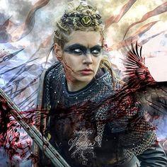 'Queen Lagertha ' by VeraAdxer Viking Warrior Woman, Viking Queen, Warrior Girl, Warrior Women, Katheryn Winnick Vikings, Vikings Tv Series, Vikings Tv Show, Viking Makeup, Helloween Make Up