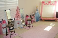 Dress up at a Cinderella Party #Cinderella #partydressup