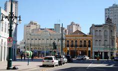 Curitiba, Paraná, Brasil - Praça Generoso Marques