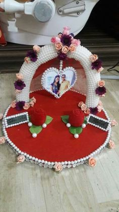 Ring plater Wedding Crafts, Wedding Favors, Diy Wedding, Indian Wedding Gifts, Indian Wedding Decorations, Engagement Ring Platter, Thali Decoration Ideas, Ring Holder Wedding, Marriage Decoration