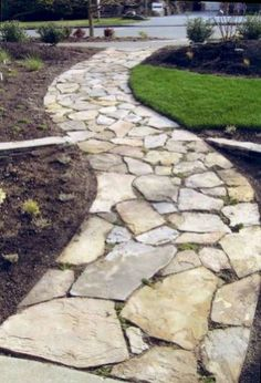 Beautiful Walkway Designs and Ideas A stone walkway leading to my front door, and maybe one tracing the backyard. Beautiful Walkway Designs and Ideas A stone walkway leading to my front door, and maybe one tracing the backyard. Rock Walkway, Flagstone Walkway, Slate Walkway, Walkway Garden, Rock Path, Flagstone Flooring, Gravel Garden, Front Yard Landscaping, Landscaping Ideas