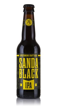 Designed by Matt Burns - The Fyne Ales Sanda IPA packaging brief was to capture a sense of the brewery's provenance, with a true representation of the beer style, that being an American IPA. Black Ipa, Beers Of The World, Bottle Packaging, Black Packaging, Beer Brands, Branding, Best Beer, Bottle Design, Packaging Design Inspiration