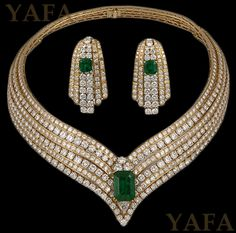 CARTIER Emerald and Diamond Necklace and Earrings | Saved for Future Outfits in…