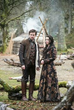 Reign (Torrance Coombs and Adelaide Kane as Bash and Mary Queen of Scots) Mary Stuart, Mary Queen Of Scots, Queen Mary, Reign Cast, Reign Tv Show, Adelaide Kane, Reign Bash And Mary, Isabel Tudor, Film Manga