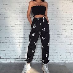 Cute Lazy Outfits, Edgy Outfits, Teen Fashion Outfits, Retro Outfits, Cool Outfits, Tomboy Fashion, Look Fashion, Cute Sweatpants Outfit, Casual Pants