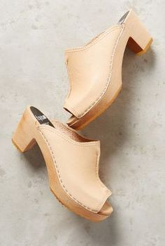 http://www.anthropologie.com/anthro/product/39527767.jsp?color=014&cm_mmc=userselection-_-product-_-share-_-39527767