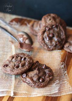 Galletas de chocolate rellenas de Nutella http://www.pecadosdereposteria.com/galletas-de-chocolate-rellenas-de-nutella/