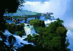 Foz do Iguaçu (PR) - Cataratas do Iguaçu, passarela.  Foto: Werner Zotz   http://italianobrasileiro.blogspot.com/