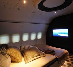 Marc Newson designed private jet. Brilliant !!!! Well thought out and executed