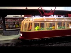 "Marklin 37581 German Federal Railroad (DB) class ET 91 ""Glass Train Miniature Set Of figures 0226 - YouTube"