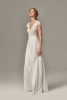 Vintage wedding dresses - Find your hippie style wedding dress. Bridal fashion from lace . Vintage wedding dresses - Find your hippie style wedding dress. Lace bridal wear and elegant, simple wedding dresses to match the Shabby Chic wedding! Shabby Chic Wedding Dresses, Elegant Wedding Dress, Lace Weddings, Bridal Dresses, Bridal Lace, Bridal Style, Wedding Attire, Wedding Gowns, Wedding Lace