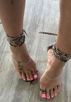 Love for my challenger to stand like a 🏆winner Sexy Legs And Heels, Hot High Heels, Sexy Sandals, Bare Foot Sandals, Feet Soles, Women's Feet, Pies Sexy, Beautiful Toes, Sexy Toes