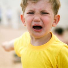 Tantrums are a normal part of childhood, but that doesn't make them any easier on parents. Get tips on how to deal with tantrums when your preschooler melts down. Parenting Goals, Parenting Teenagers, Parenting Memes, Parenting Issues, Parenting Articles, Whining Kids, Mama Mia, Emotional Disturbance, Oppositional Defiant Disorder