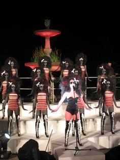 This pic says it all about the great VOLUPTUOUS HORROR OF KAREN BLACK.