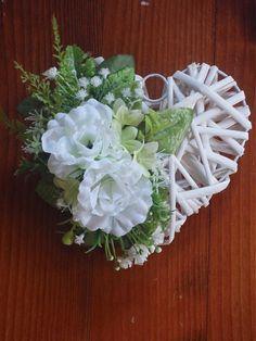Zeleno-biele srdce na dvere