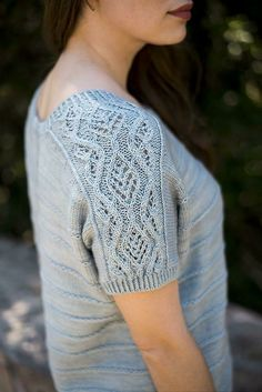 Seraphina Top Knitting pattern by Irina Anikeeva Seraphina Top Knitting pattern by Irina Anikeeva Always wanted to be able to knit, although undecided the place to start. Christmas Knitting Patterns, Sweater Knitting Patterns, Loom Knitting, Knitting Designs, Knit Patterns, Crochet Summer Hats, Top Pattern, Free Pattern, Knit Crochet