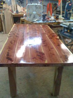 Holy cow, Cedar table, I LOVE it!
