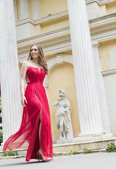 CRISTALLINI #EveninglDress #RedDress #Silk #WomensFashion #Style #Inspiration #Fashion #Glamour #Elegance #StyleInspiration Fashion Glamour, Luxury Dress, Style Inspiration, Formal Dresses, Book, Womens Fashion, Red, Collection, Formal Gowns
