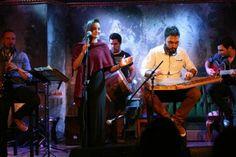 """Οι """"Δυσanatolia"""" είναι μια μπάντα της οποίας τα μέλη ενώνει η κοινή αγάπη και αισθητική για τις παραδόσεις τόσο της Ελλάδας όσο και της ευρύτερης περιοχής της Ανατολικής Μεσογείου"""