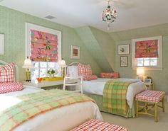 Pretty girls room!