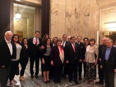 Ο δήμος του Μόντρεαλ ομοφώνως αναγνώρισε τη Γενοκτονία των Ελλήνων του Πόντου, ανακηρύσσοντας την 19η Μαΐου κάθε έτους Ημέρα Μνήμης, ύστερα από κοινή πρωτοβουλία της αντιδημάρχου της πόλης και δημοτικού συμβούλου του Παρκ Εξτένσιον Μαίρη Ντέρος και του δημάρχου του δημοτικού διαμερίσματος Πιέρφοντ –