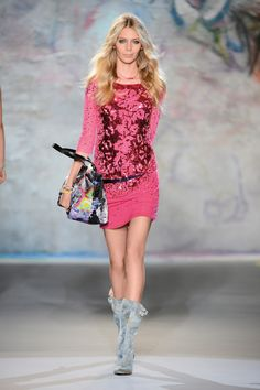 WOMAN - COLLECTIONS - SPRING/SUMMER - Patrizia Pepe