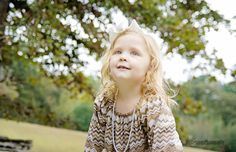 FALL FAMILY PORTRAIT PICTURE GIRL HIS BLESSINGS PHOTOGRAPHY