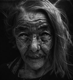 Lee Jeffries - We All Get Old. Nothing Lasts Forever.