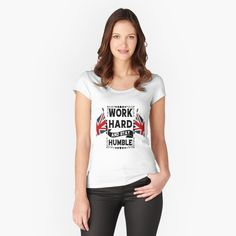 Design T Shirt, Shirt Designs, Print Design, Unisex, Le Grand Bleu, Vintage T-shirts, Vintage Floral, Chiffon Tops, Female Models