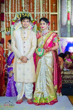 South Indian Bride Groom Hindu Wedding Reception Dress For Groom Couple Wedding Dress, Wedding Outfits For Groom, Groom Wedding Dress, Indian Wedding Couple, Wedding Bands, Wedding Attire, Wedding Poses, Wedding Suits, Wedding Bridesmaids