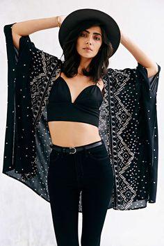 Ecote Crinkle Square Kimono Jacket - Urban Outfitters
