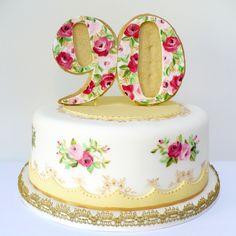Pretty Birthday Cakes   Posted by Natasha at 07:02