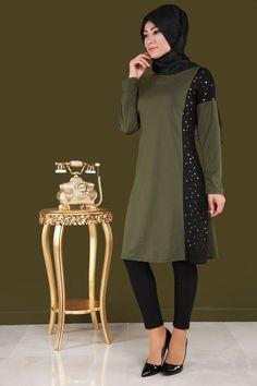 Triangle Printed Color Tunic Khaki Product Code: M Islamic Fashion, Muslim Fashion, Hijab Fashion, Batik Fashion, Muslim Dress, Womens Fashion Online, Winter Dresses, Designer Dresses, Nice Dresses