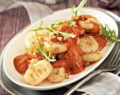 Gnocchi mit Tomaten-Orangen-Sahne und Walnüssen