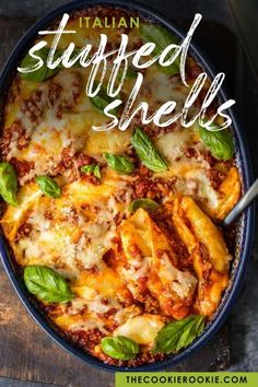 Stuffed Shells With Meat, Baked Stuffed Shells, Stuffed Shells Recipe, Italian Stuffed Shells, Easy Pasta Recipes, Beef Recipes, Cooking Recipes, Italian Dishes, Kitchens