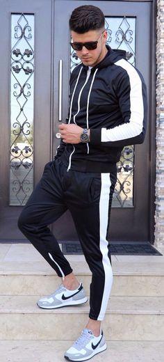 Trening STRIPE V2 - NEGRU - haine barbati Sporty, Collection, Fashion, Moda, Fashion Styles, Fashion Illustrations, Fashion Models