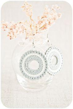 White gray earrings unique hoop earrings by Lepun on Etsy
