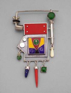 Silver with solid red rectangle, green stone, enameled panel of red, yellow, blue and hanging pendants. Funky Jewelry, Modern Jewelry, Jewelry Art, Jewelry Design, Enamel Jewelry, Silver Jewelry, Silver Ring, Silver Earrings, Artisan Jewelry