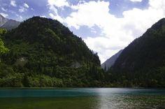 Juizhaigou; valleys